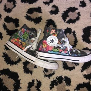 SO CUTE! Teen Titans Go! Converse Size 1
